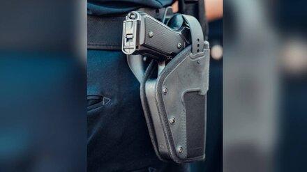 Драка между бомжом и воронежским полицейским закончилась стрельбой