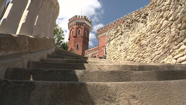 Дворец Ольденбургских под Воронежем полностью откроют для посетителей к концу 2021 года