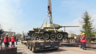 Воронежский танк Т-34 отмоют и покрасят перед «гастролями»