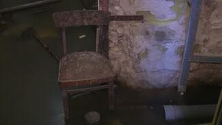Фекальный потоп пополнил список коммунальных бед дома архитектора Троицкого в Воронеже