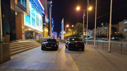 Воронежцу проломили голову за замечание о неправильной парковке двух дорогих иномарок