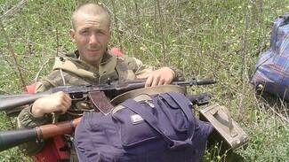 Обвиняемого в убийстве воронежской учительницы привезли в суд под усиленным конвоем