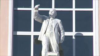 Большинство воронежцев проголосовали за замену памятника Ленину бюстом Петра I