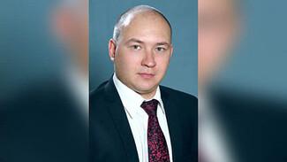 Дело преподавателя воронежского юрфака дошло до суда, где председателем был его отец