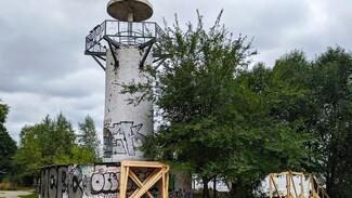 В воронежском парке «Дельфин» готовятся к ремонту маяка и пирса