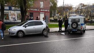 В Воронеже «УАЗ» Росгвардии попал в ДТП: пострадал человек