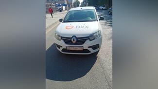 Пьяный таксист DiDi протаранил иномарку в Воронеже: появилось видео
