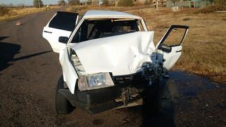 Водитель «девятки» разбился в ДТП с кроссовером в Воронежской области