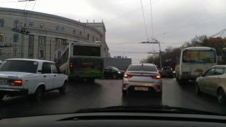 В центре Воронежа в час пик отключили светофоры