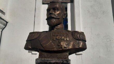 В Воронежской области у церкви установили первый памятник Николаю II