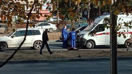 В Воронеже Mercedes сбил неопознанного пешехода