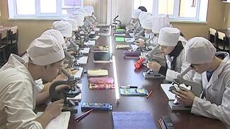 Воронежцам рассказали об успехах городских вузов в советское время