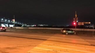 На переходе у Чернавского моста в Воронеже случилось ДТП: 1 человек в больнице