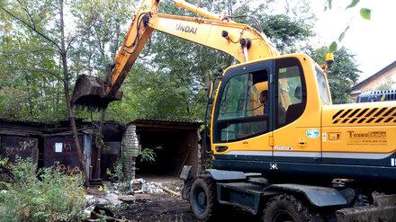 В Воронеже снесли 42 гаража вопреки просьбам горожан об отсрочке