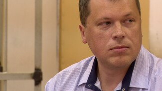Суд по делу о 30 взятках доцента воронежского вуза начался с жалоб на выбивание показаний