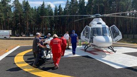 Семерых воронежцев с ковидом эвакуировали на вертолёте: 3 из них скончались