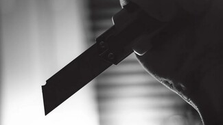 В воронежском микрорайоне «Озерки» подросток напал с кухонным ножом на знакомого