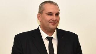 Обвиняемому в присвоении 880 тысяч экс-главе воронежского СХИ продлили домашний арест