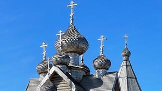 Алексей Гордеев предложил помощь в восстановлении воронежских сельских храмов