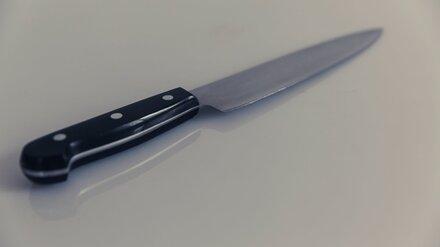 В воронежском Шилово пенсионер ударил ножом в живот дальнего родственника
