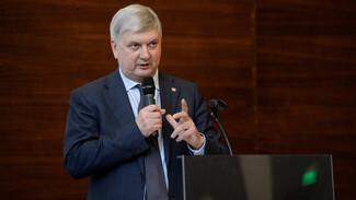 Воронежский губернатор поручил усовершенствовать механизм оказания соцпомощи