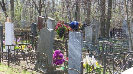 В Воронеже начали продавать гробы со стеклянной крышкой для умерших от COVID