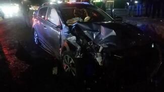 Появилось видео аварии с четырьмя пострадавшими из-за пешехода в Воронежской области