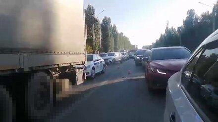 Появились подробности ДТП с раздавленным фурой пешеходом в Воронеже