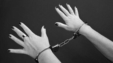 Жительница Воронежской области зарезала подругу из-за обиды 15-летней давности