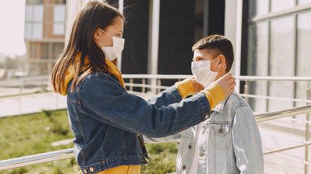 ВОЗ назвала минимальный возраст для ношения маски