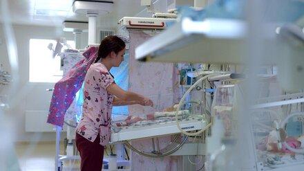 Воронежский врач о всплеске COVID среди детей: «В реанимацию попадают и новорождённые»