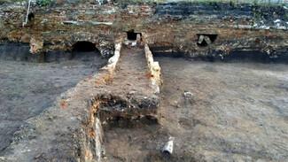 В Воронеже на месте строительства онкоцентра раскопали старинные тоннели