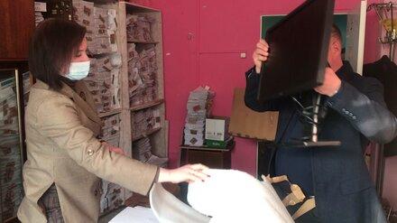 Работникам соцзащиты в Воронеже подарили новые компьютеры