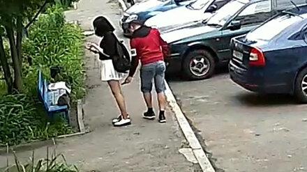 Под Воронежем преследуемая извращенцем девушка передумала обращаться в полицию