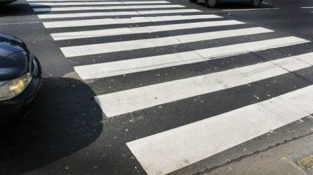 Автомобилистка сбила бабушку с внучкой на пешеходном переходе в центре Воронежа