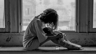 В Воронежской области отец годами насиловал дочь-школьницу