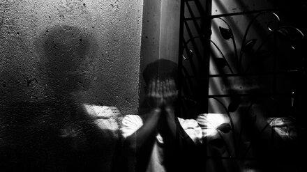 В Воронеже  мужчина ударил 14-летнего мальчика и сбежал