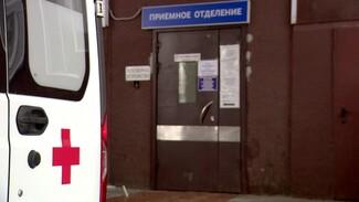 Заболевших коронавирусом воронежцев начали развозить из больниц по домам