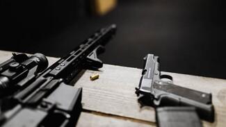 Оружейные магазины в Воронеже закрыли после взрыва отдела полиции и расстрела семьи