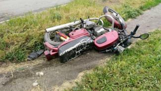 Под Воронежем подростки на мотоцикле попали под «КамАЗ»: один из школьников погиб
