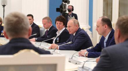 Сотрудник Нововоронежской АЭС встретился с Путиным