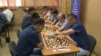 «Мемориал Алехина» в Воронеже открылся турниром по «непредсказуемым» шахматам
