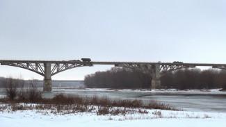 Воронежский участок трассы М-4 перекрыли из-за ремонта «кубинского» моста