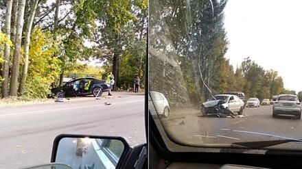 Два человека попали в больницу после массового ДТП в Воронеже