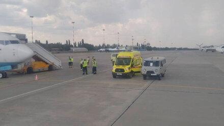 Летевший из Минвод в Москву Boeing экстренно сел в Воронеже