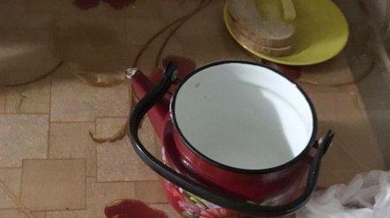 В Воронежской области женщина забила гражданского мужа чайником в ответ на побои