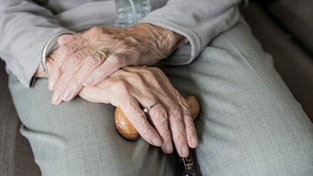 В Воронеже лжесотрудницу Пенсионного фонда осудили за кражу денег у 92-летней старушки