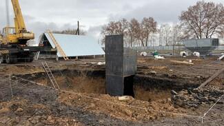 В Воронежской области рабочего в котловане насмерть засыпало землёй