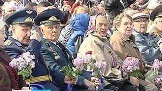 Со слезами на глазах ветераны вспоминали, каким был День Победы 69 лет назад