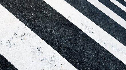 В Воронеже на зебре иномарка сбила 15-летнюю школьницу